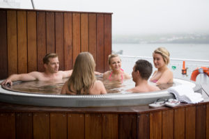 Norrona-hut-tubs